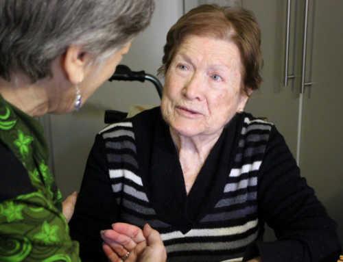 Com prevenir la fragilitat de la gent gran? Vida activa, bona alimentació, revisar la medicació i avaluar necessitats socials