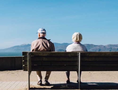 El Bages presenta la nova guia local per fer front als maltractaments de les persones grans
