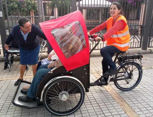 'Bici sin edad': el derecho de los más mayores a sentir el viento en el pelo