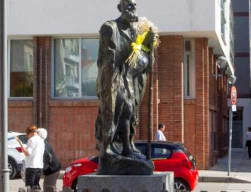 La Coordinadora d'Entitats de la Gent Gran de Sabadell vol canviar l'escultura dedicada als avis