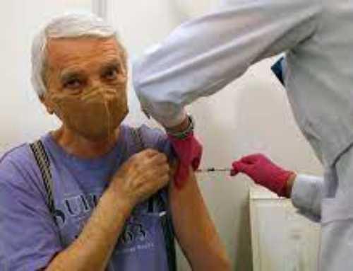 «Més tranquils» i amb «menys angoixa»: així millora l'estat anímic dels vacunats