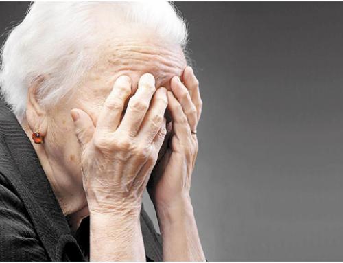 El 33% d'avis dependents a Barcelona té risc de maltractament de cuidadors familiars