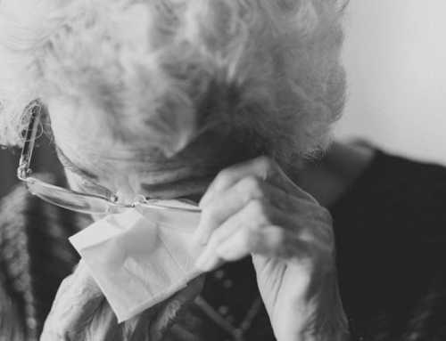 Se incrementan los casos de maltrato a gente mayor durante el confinamiento