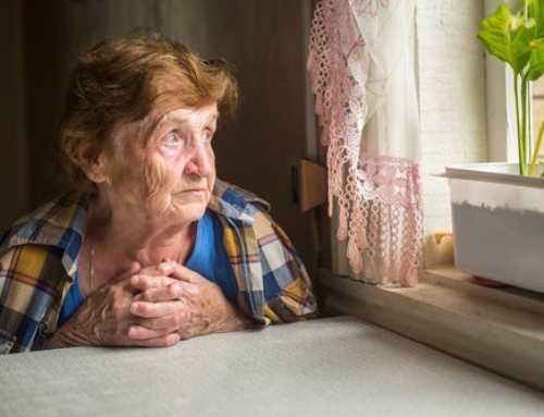 Com la solitud pot afectar la salut de la gent gran
