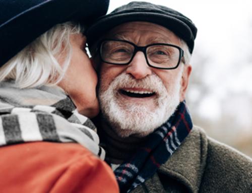 El carnet del jubilado en un clic y en el móvil: accede a descuentos y al Imserso