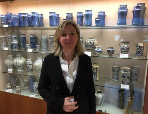 """Entrevista a Montse Gironès: """"El farmacèutic és el professional de la salut més proper, ningú li demana visita i està a peu de carrer"""""""