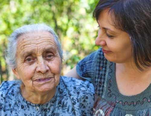Consejos para ayudar a un adulto mayor a sobrellevar una enfermedad