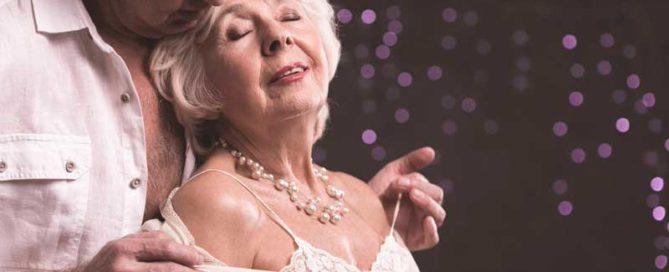 La jugueteria eròtica i la paciència, armes infalibles de la sexualitat per a la gent gran